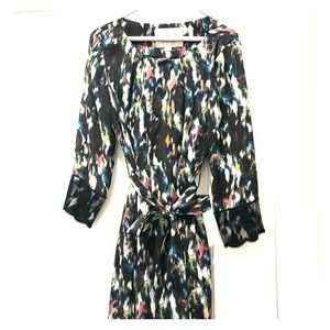 Fabulous colorful dress. Classic but edgy print